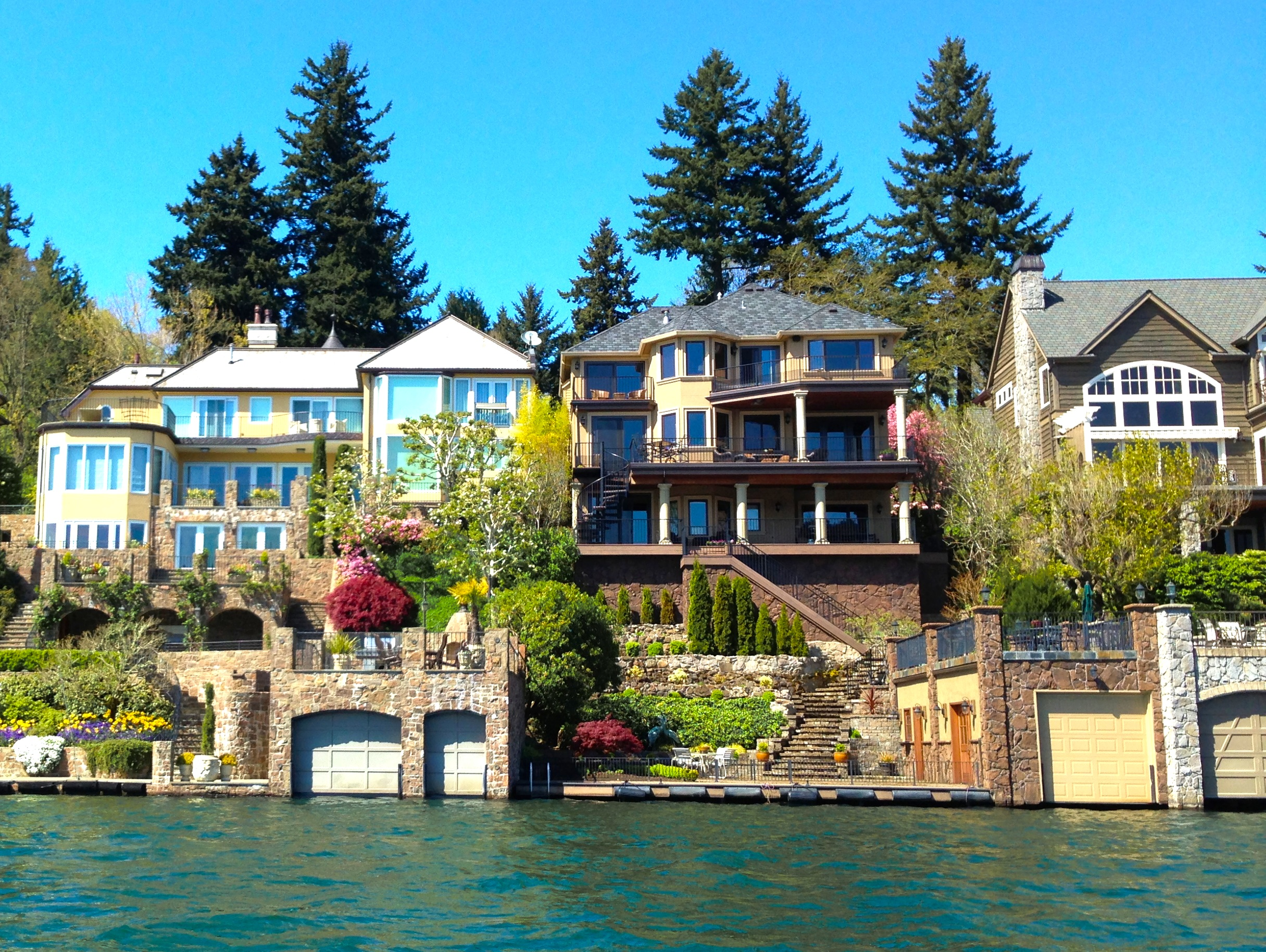 lake oswego waterfront homes